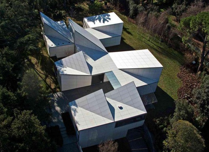 How To Make A Paper House Roof